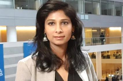 Gita Gopinath Tweets Big B Video, Some Point To His Sexist Remark - Sakshi