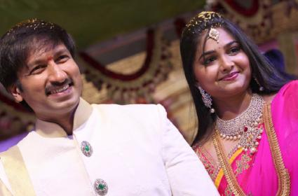 Unknown And Interesting Facts About Actor Gopichand Wife Reshma And Family - Sakshi
