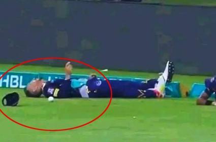 Faf Du Plessis Hospitalised After Collision At Boundary During PSL Match - Sakshi