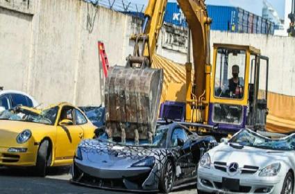 Luxury Cars Worth 1200000 Dollars Crushed to Pieces in Philippines - Sakshi