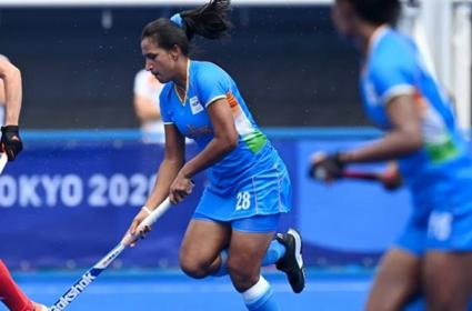 Tokyo Olympics Women Hockey Captain Rani Rampal Inspiring Story - Sakshi