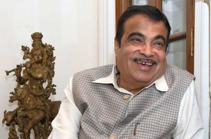 Nitin Gadkari About YouTube Earnings And Father in law House Demolition - Sakshi
