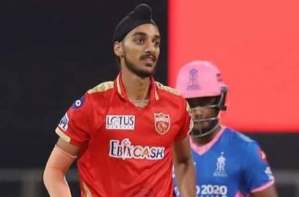 Arshdeep Singh Youngest To Take 5 Wicket Haul IPL 2021 - Sakshi