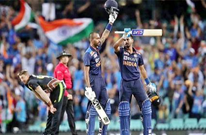 Saba Karim Questions Hardik Pandya T20 World Cup Selection He Was Not Fit - Sakshi