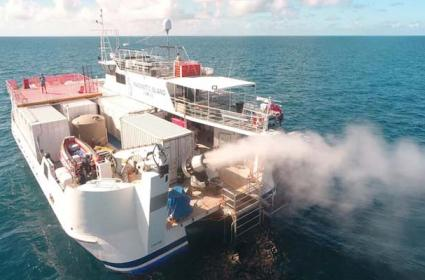 Little fluffy Clouds May Save Australia Great Barrier Reef  - Sakshi
