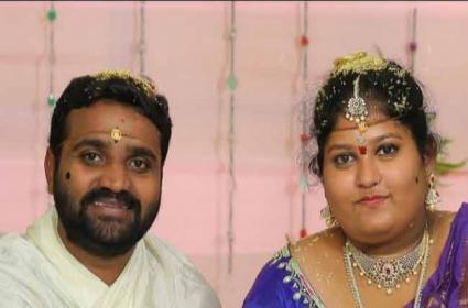 Married Woman Suspicious Death in Vijayawada - Sakshi
