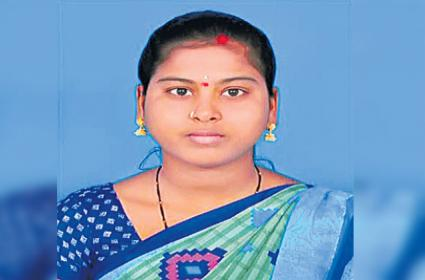 Wife Strangled To Death By Husband Over Abortion In Moosapet - Sakshi