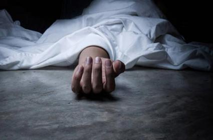 Father in Law Deceased By Daughter In Law In Vikarabad District - Sakshi