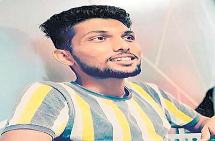 Young Man Committed Suicide With Deception Over Women Chatting In Nalgonda District - Sakshi