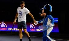 roger federer danced with mickey mouse