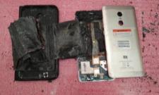 redmi note 4 mobile blast in vijayanagaram district