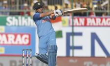 India finish with 112 after Dhoni fifty against srilanka - Sakshi