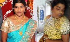 Married Women Commit To Suicide - Sakshi