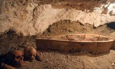 Archaeologists discover 2 ancient tombs in Egypt - Sakshi