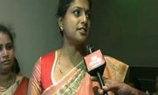 roja commented on pavan kalyan - Sakshi