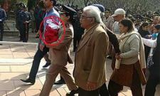 Twitter Salutes Army Officer Carrying Her Newborn at Husbands Funeral - Sakshi