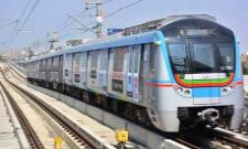 Hyderabad Metro will now run trains every 7 minutes during peak hours - Sakshi