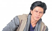 Shah Rukh Khan is Helping His Friend Irrfan Khan in London - Sakshi