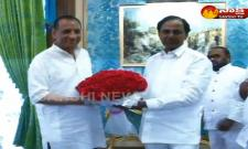 CM KCR Meet with Governor in Raj Bhavan - Sakshi
