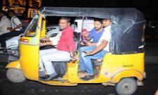 Hero Karthi Takes Auto To Chinna Babu Success Meet Video Goes Viral - Sakshi