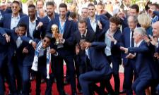 French football team returns home to a rousing welcome - Sakshi