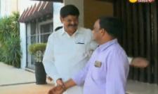 Ex-minister Anam ramanarayana reddy meets ys jagan - Sakshi