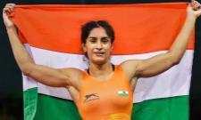 Vinesh Phogat enters 50 kg wrestling final; ensures silver medal - Sakshi