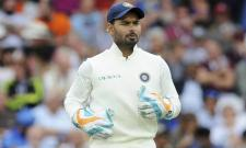 Rishabh Pant becomes fourth Indian wicketkeeper to take five catches on debut Test - Sakshi