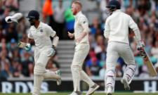 KL Rahul loses his shoe while batting, Ben Stokes helps him put it back on - Sakshi