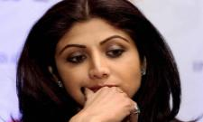 Shilpa Shetty Faces Racism At Sydney Airport - Sakshi