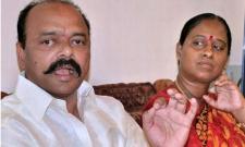 Konda couple spits fire on KCR, his govt - Sakshi