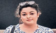 Tanushree Dutta's counsel demands lie detector tests on Nana Patekar - Sakshi