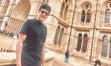 Nagarjuna return to india from London trip - Sakshi