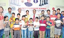 Imran Wins Chess Title - Sakshi
