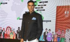 Akshay Kumar Revealed That He Paid Rs. 5000 Per A Month - Sakshi