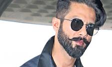 Shahid Kapoor reacts to stomach cancer rumours - Sakshi