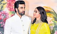 Mahesh Bhatt confirms daughter Alia Bhatt love - Sakshi