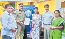 Police Notices Served To 12 Websites For Rumours On Ys Sharmila - Sakshi