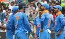 Australia All Out at 230 Runs, India Need 231 Runs To Win - Sakshi