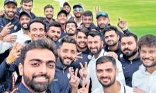 sourashtra cricket team enter to semis - Sakshi