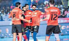 Yu Mumba Valley team qualified for the semifinals - Sakshi