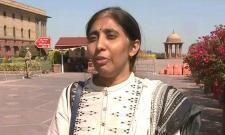 YS Vivekananda Reddy Daughter Meets Union Home Secretary - Sakshi