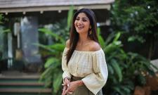 Shilpa Shetty Said Producers Threw Me Out Of Their Films For No Reason - Sakshi