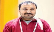 Super 30 Teacher Anand Kumar Was Impressed By Hrithik Roshan And Vikas Bahl  - Sakshi