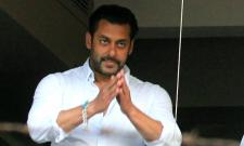 Salman Khan feels these 5 actors including him are only stars in Bollywood - Sakshi
