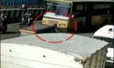Two women die in Chennai road accident - Sakshi