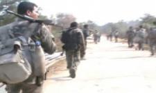 Tension Tension,Police Cummbing In Telangana Boarder - Sakshi