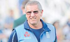 Trevor Bayliss named Sunrisers Hyderabad head coach - Sakshi