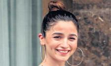 Alia Bhatt to do Gangubai with Sanjay Leela Bhansali - Sakshi