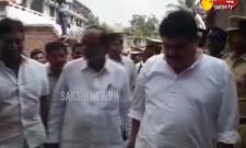Telangana BJP President Laxman Pays Tribute to Surender Goud